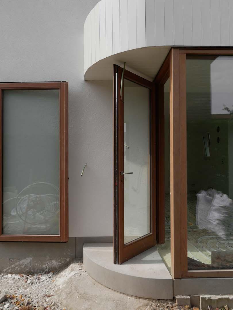 Martin bernadette verbouwing zwijnaarde werkhuis am architectuur gent wetteren - Latwerk houten ...